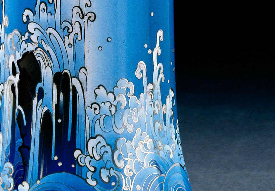 Waterfall vase by Namikawa Yasuyuki, Japan, about 1910-1915 (Museum no. EA2002.177)