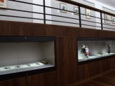 Chinese Paintings Gallery - Sullivan Collection exhibition vitrine. © Ashmolean Museum, Oxford