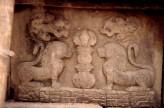 Fig. 7.  Stone lions in bas-relief. Tukan bahal, Kathmandu, eighth century. H. <em>c.</em>40 cm. © Amy Heller