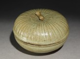 Greenware circular box and lid with lotus cover (EA1956.1208)