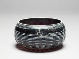 Marvered glass bowl
