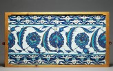 Tile decorated with peonies and serrated leaves (EA1978.1529)