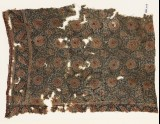 Textile fragment with flower-heads and tendrils (EA1990.1103)