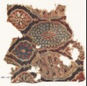 Textile fragment with lobed medallions and flowers (EA1990.1109)