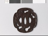 Mokkō-shaped tsuba with five gourds in negative silhouette