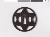 Tsuba in the form of a six-pointed star (EAX.10245)