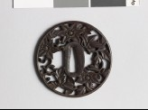 Round tsuba with clematis vine (EAX.10412)