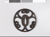 Round tsuba with scrolling cusps (EAX.10755)