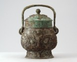 Ritual wine vessel, or you, with taotie mask pattern (LI1301.7)
