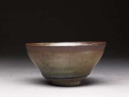 Black ware tea bowl with 'hare's fur' glazesoblique