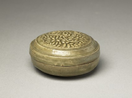Greenware circular box and lid with floral stem decorationoblique