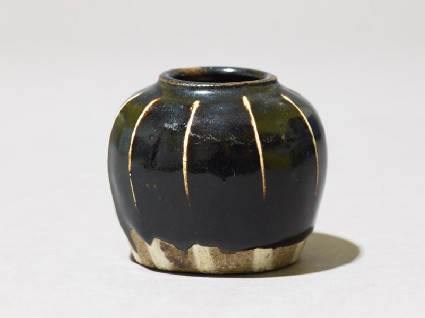 Black ware jarlet with white stripesoblique