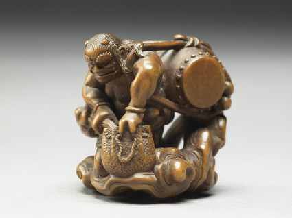 Netsuke in the form of Raiden, the god of thunderside