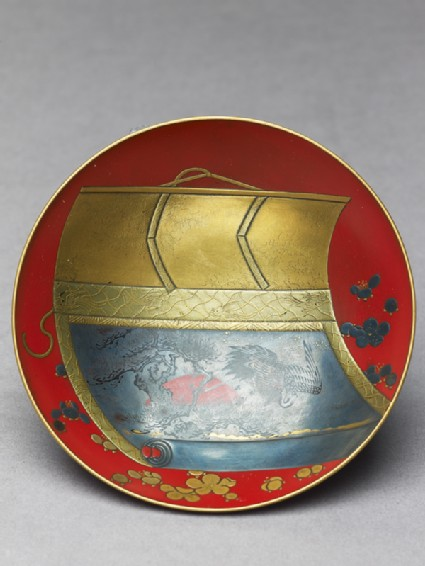 Sake cup with a scroll depicting a cranetop