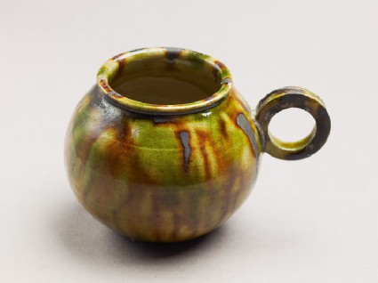 Cup with handle and three-colour glazeoblique
