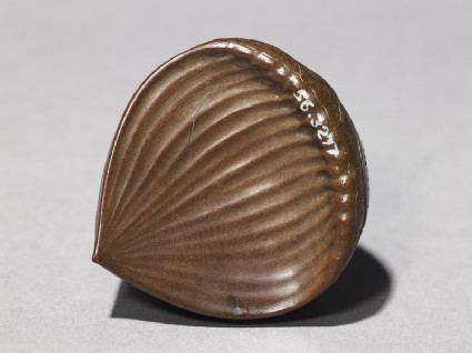 Netsuke in the form of a chestnutfront