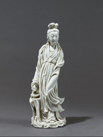 Dehua ware figure of the bodhisattva Guanyinfront
