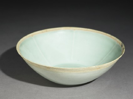 White ware bowl with fishoblique