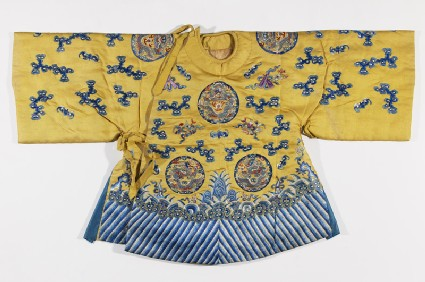 Child's suncoat with dragons and wavesfront