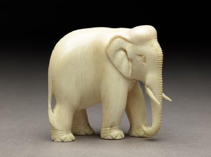 Figure of an adult elephantside