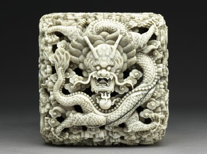 Ivory seal with dragontop