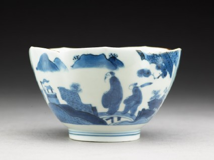 Petalled bowl with 'Deshima Island' themeside