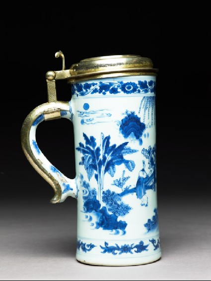 Blue-and-white tankard with European silver-gilt mountsside