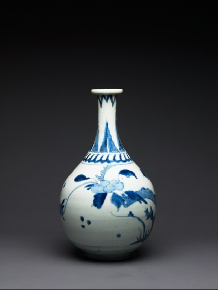 Bottle with peony designside