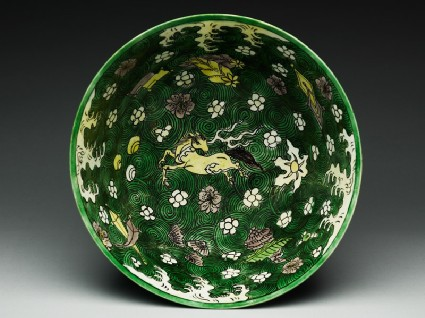 Bowl with horses amid wavestop