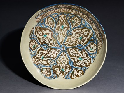 Bowl with palmettes and six-pointed startop