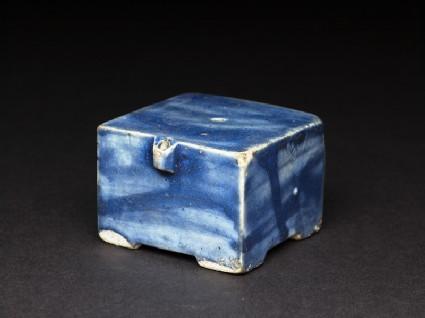 Square water-dropper with blue glazeoblique