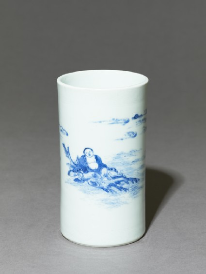 Blue-and-white brush pot depicting the immortal Zhang Qianoblique
