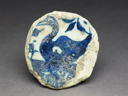 Base fragment of a bowl with swanfront