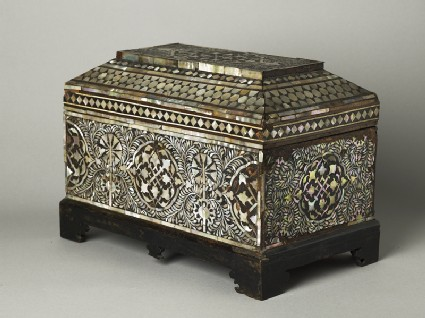 Casket with geometric and foliate decorationoblique