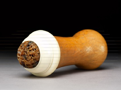 Gourd cricket cage with tortoiseshell and ivory lidoblique