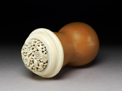 Gourd cricket cage with ivory rimoblique