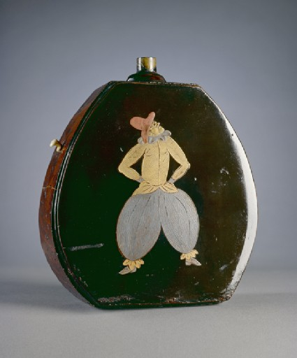 Gunpowder flask with figures in Portuguese dressoblique