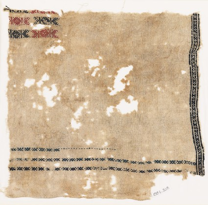 Textile fragment with bands of S-shapes, X-shapes, and diamond-shapesfront