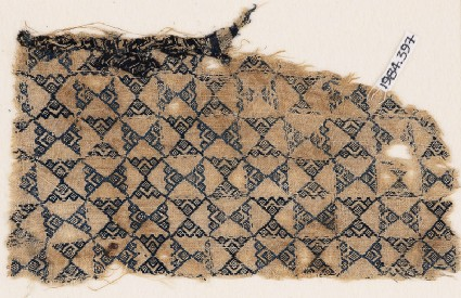Textile fragment with linked trianglesfront