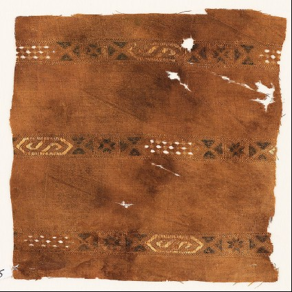 Textile fragment with three bands with hexagonal cartouchesfront