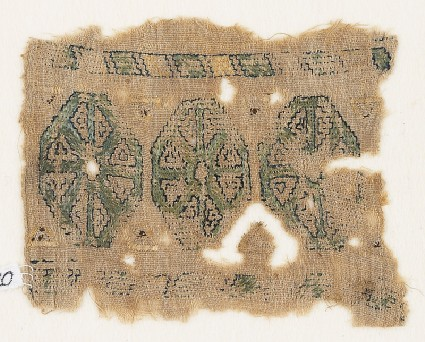 Textile fragment with three octagonsfront