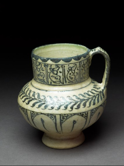 Jug with floral decorationoblique