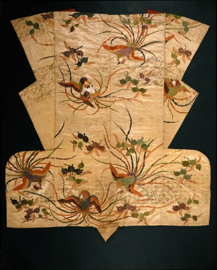 Nuihaku Nō robe with phoenixes and branchesback