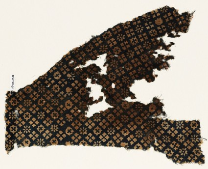 Textile fragment with rosettes and squares with crossesfront