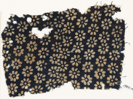 Textile fragment with rosettesfront
