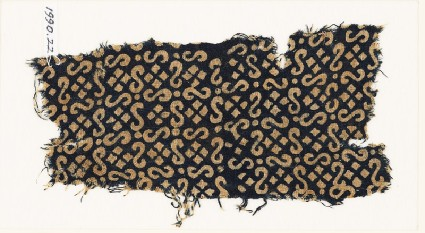 Textile fragment with S-shapes, dots, and squaresfront