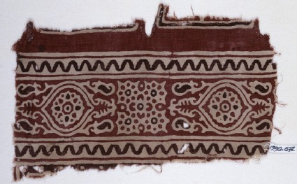Textile fragment with oval medallions, tendrils, and linked rosettesfront
