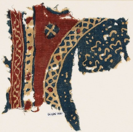 Textile fragment with bands and part of a large circlefront
