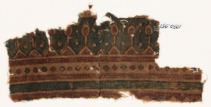Textile fragment with pointed archesfront