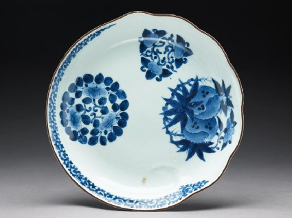 Plate with flowers and wavestop